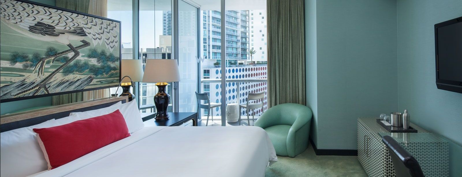 Spectacular Room | W Miami